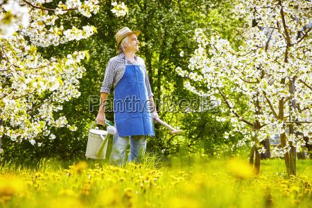gaertner loewenzahn meadow watering can