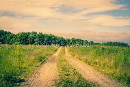 strasse auf einer landschaft