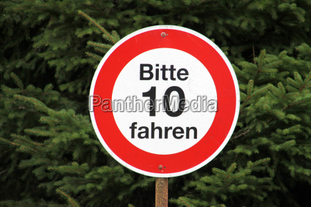 schild tempolimit 10 kmh