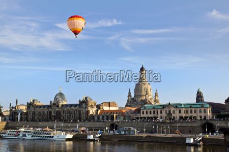 balloon above dresden