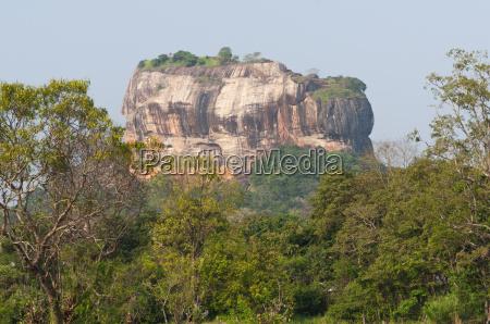 rock fortress sigiriya loewenfelsen
