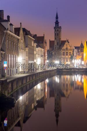 bruges belgium at night