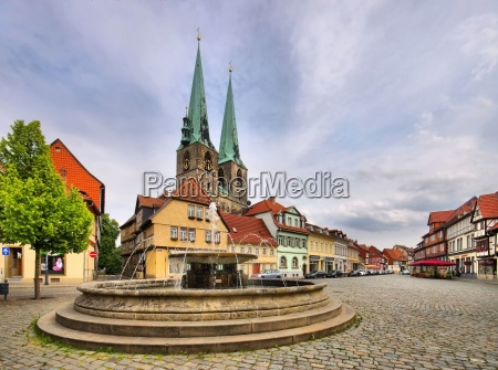 quedlinburg brunnen quedlinburg well 01