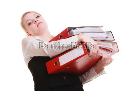 papierkram geschaeftsfrau mit stapel von dokumenten