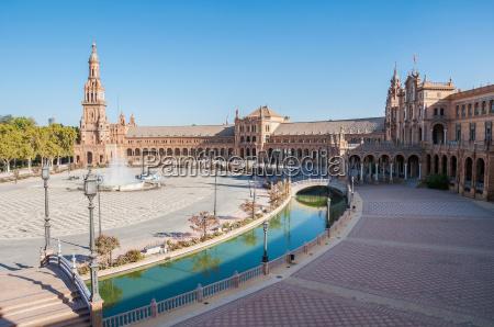 plaza de espana in seville spain