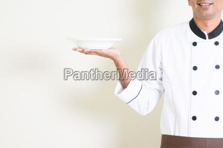 indian maennlichen chef in der uniform
