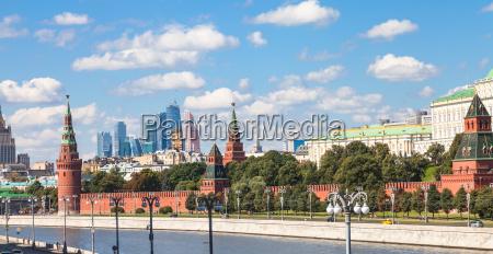 panorama des moskauer stadtzentrums mit dem