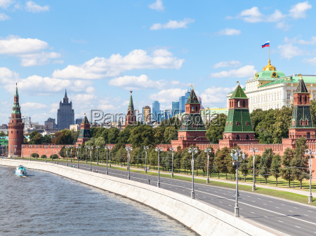 walls and towers of moscow kremlin
