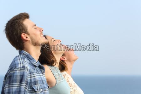 gruppe von freunden tief die frische