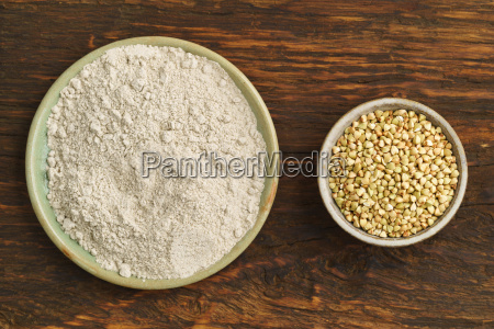 buckwheat and buckwheat flour