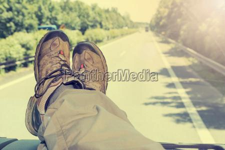 hitch hike travel