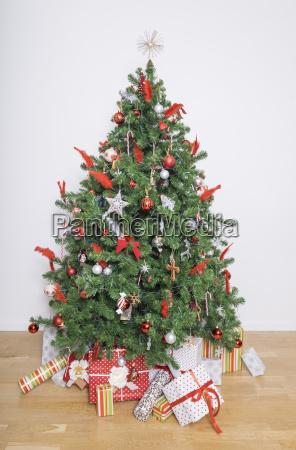 xmas tree on christmas morning