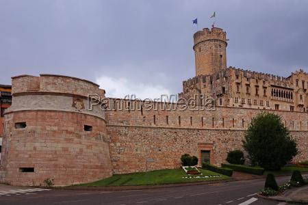 das castello del buonconsiglio in trient