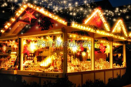 verkaufsstand am weihnachtsmarkt keine logos
