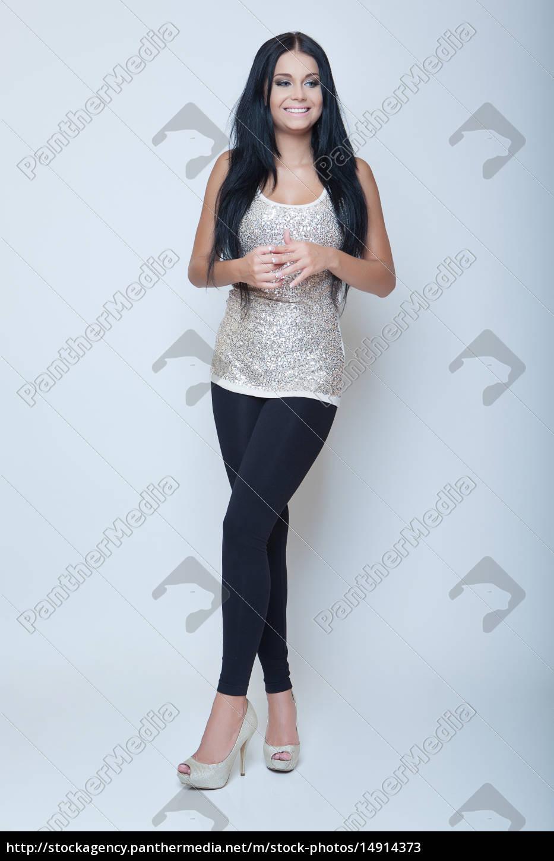 attraktive br nette junge m dchen mode stil lange bein lizenzfreies bild 14914373. Black Bedroom Furniture Sets. Home Design Ideas