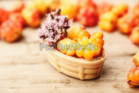 cloudberry tart