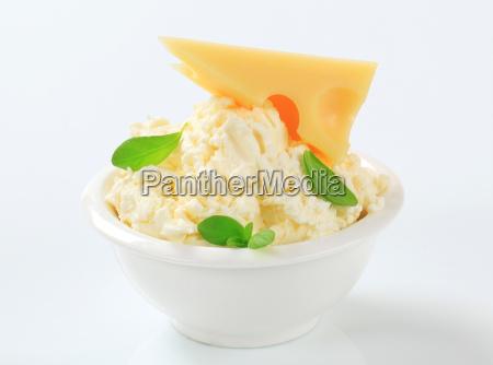 white creamy cheese