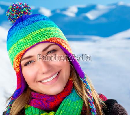 schoene winterportrait der frau