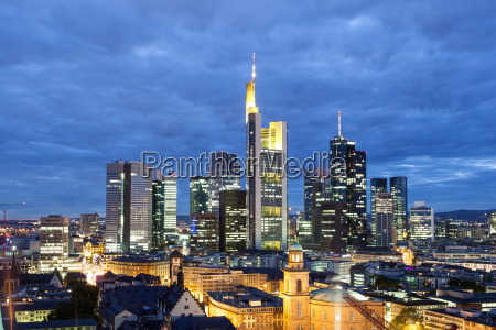 frankfurt main downtown at night