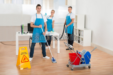 reinigungsmittel team reinigungsboden