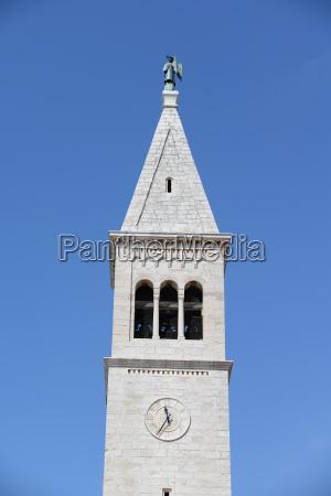 kirche in novigrad istrien kroatien