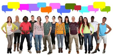 multikulturell menschen gruppe junge leute reden