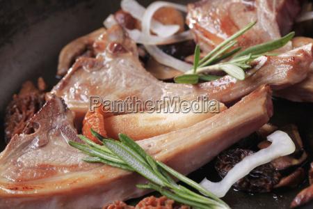 pan roasted lamb chops and mushrooms