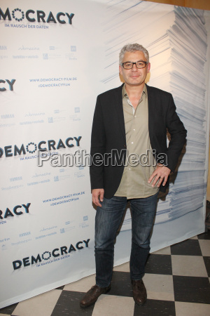 david bernet filmpremiere democracy im