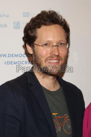 jan philipp albrecht filmpremiere democracy