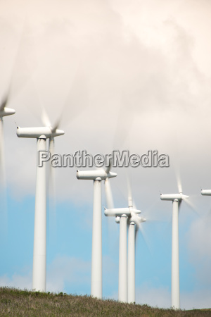 onshore wind turbines for power generation