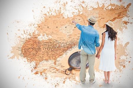 imagen compuesta de pareja feliz inconformista