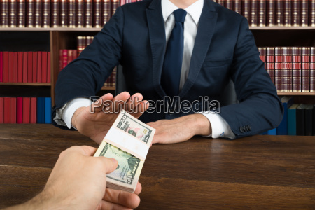 lawyer refusing to take bribe from
