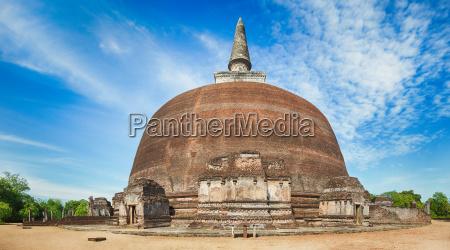 rankoth vehera polonnaruwa sri lanka panorama