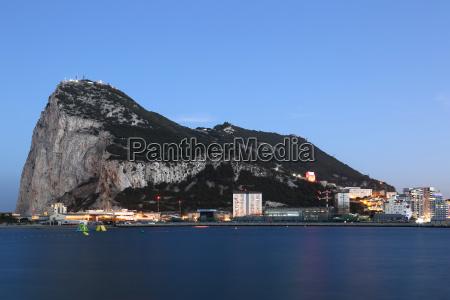gibraltar rock the rock skyline at