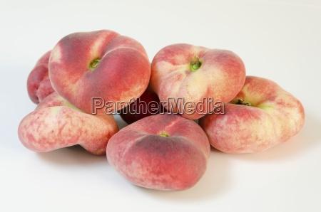 saturn pfirsiche