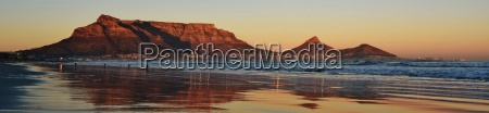panorama with table mountain and sea