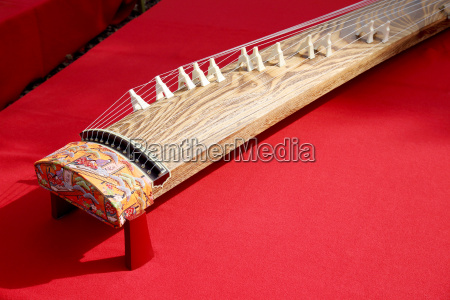 japanisches traditionelles musikinstrument