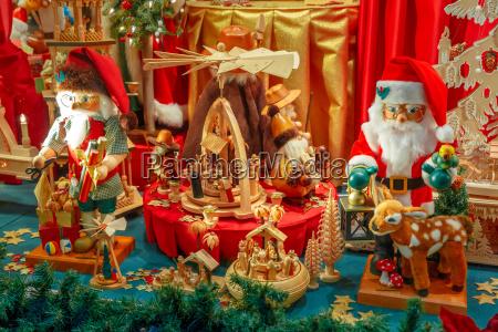weihnachtsmarkt in bruegge belgien