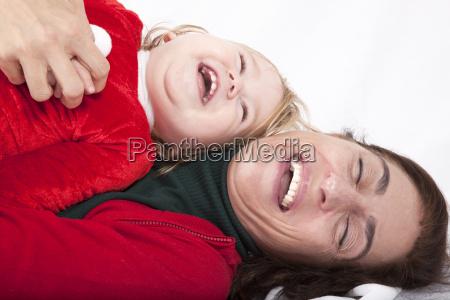 baby und mutter weihnachten glueck