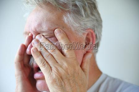 cold or flu symptoms in a