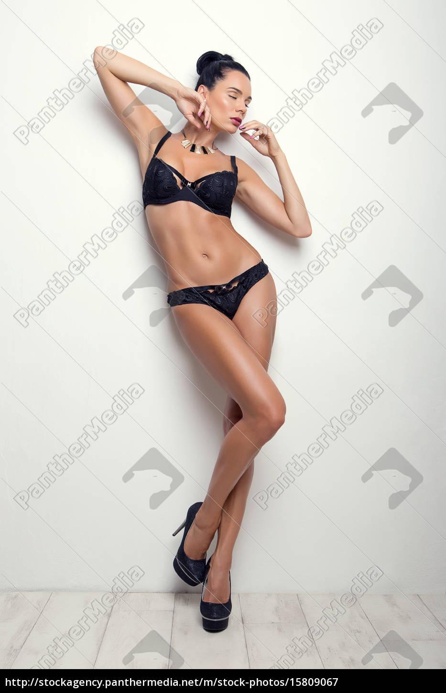 elegante, pose, sexy, brünette, mädchen, in - 15809067