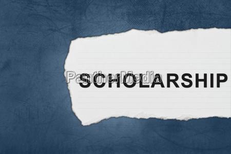 stipendium mit weissem papier traenen