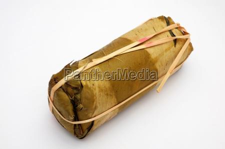 verpackung von bananenblaettern fuer vietnamesisch geduensteten