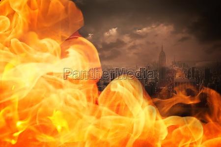 stadt heiss hitze bewoelkt wolkig brand