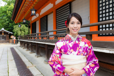japanese woman with kimono dress at