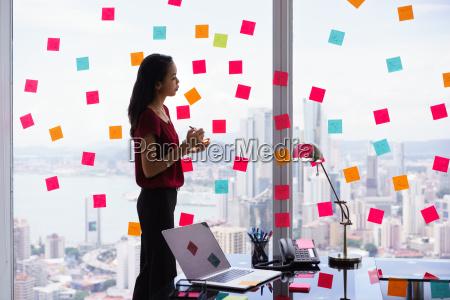 aufgaben secretary organizing schreiben sticky notes