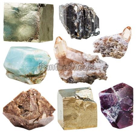 viele natuerliche mineralglas edelsteine u200bu200bisoliert