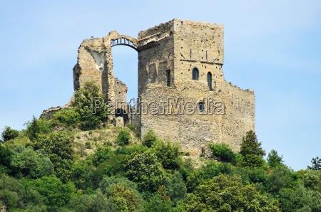 zuccarello burg zuccarello castle 01