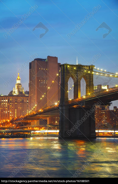 new, york, city-stadtbild, am, abend - 16188501