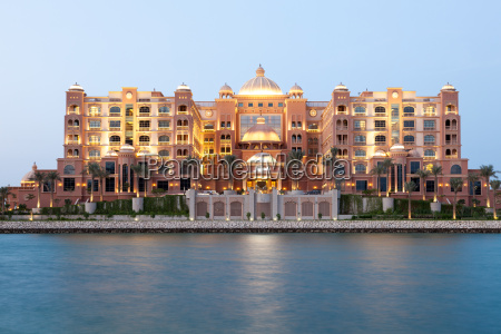marsa malaz kempinski hotel in doha